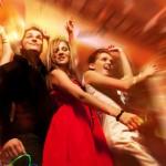 Serată pentru singles: magie şi basm în paşi de dans